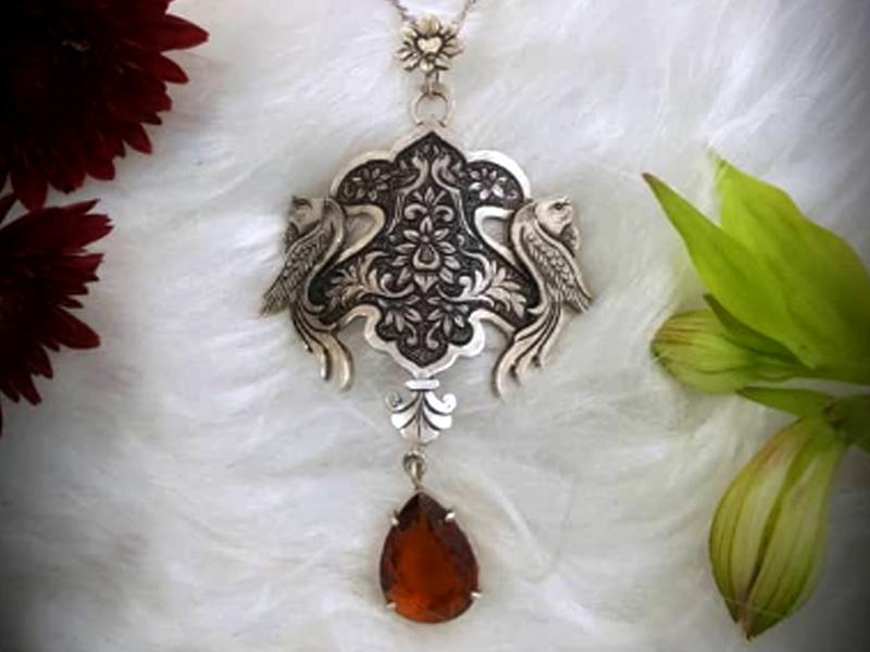 گردنبند آویز زنانه نقره قلمزنی دست ساز کد ki 2008