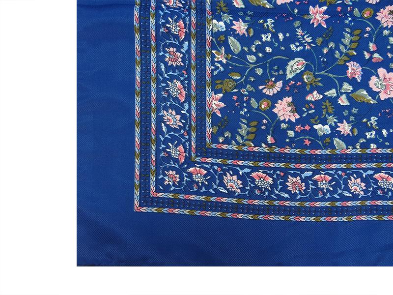روسری ساتن طرح دار عربی دور دوز گل ریز 15017 رنگ بندی
