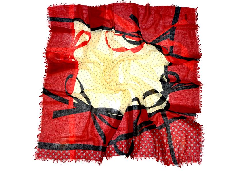 روسری قواره بزرگ نخی ظرح پاپیون دور ریش valentino