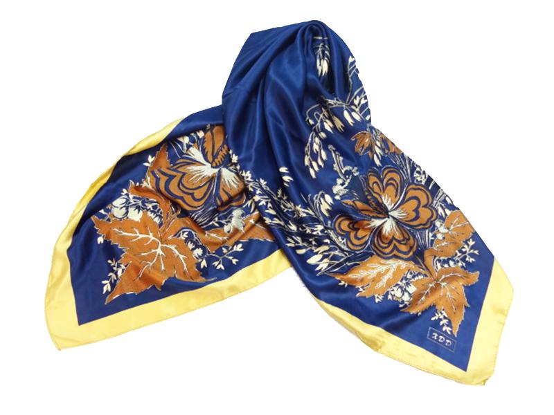 روسری ساتن چینی دور دوز نقره کوب XDD سایز 86*86