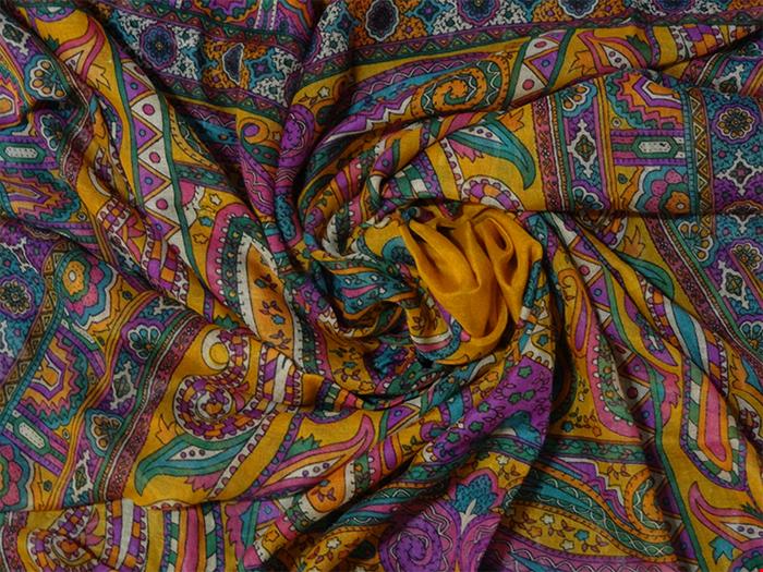 روسری نخی بته جقه دور ریش آسگولداس کد 15035 Asgoldas